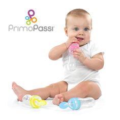 The Primo Passi Squeeze Spoon makes feeding time hassle-free when you are out and about!