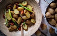 Σαλάτα με ψητές πατάτες και σπαράγγια