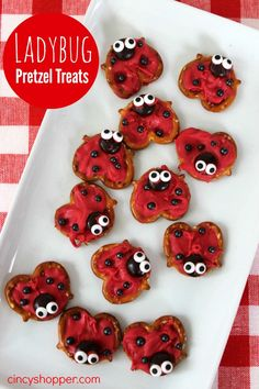 Ladybug Pretzel Treats- Perfect treat for a Valentine's Day party or treat!