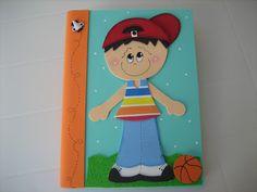 Paty Artesanato em E.V.A: Cadernos para meninos