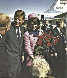 updownsmilefrown:    The Kennedys arrive at Love Field.