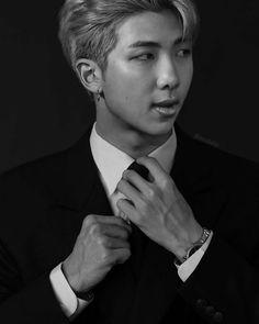 This is a Community where everyone can express their love for the Kpop group BTS Bts Rap Monster, Namjin, Seokjin, Kim Namjoon, Hoseok Bts, Bts Photo, Foto Bts, Bts Bangtan Boy, Bts Boys