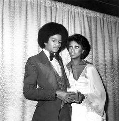 Michael Jackson and Lola Falana at the American Music Awards in 1977.  zackswimsmm.tk  zackswimsmm.tk