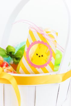 Let's Make A Card. Amuse Studio Easter treats! Www.totogal62.blogspot.com