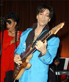 Prince - Golden Globes Party 2004