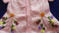 1-2 yaş kız çocukları için önü gül motifli yelek tarifi Baby Knitting Patterns, Fashion, Moda, Fashion Styles, Fashion Illustrations