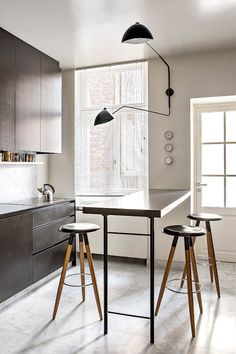 70 Cool Modern Apartment Kitchen Decor Ideas - Best Home Decorating Ideas Open Kitchen, Kitchen Dining, Kitchen Decor, Kitchen Ideas, Kitchen Units, Crazy Kitchen, Kitchen Grey, Narrow Kitchen, Stylish Kitchen