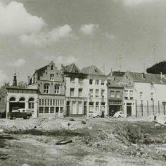 De Korte Putstraat in 1969. Open terrein na afbraak van het oude postkantoor