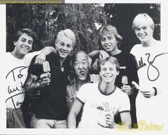 Miyagi (Pat Morita) goofing around with Cobra Kai gang on the set of 'The Karate Kid' The Karate Kid 1984, Karate Kid Movie, Karate Kid Cobra Kai, 80s Movies, Film Movie, William Zabka, Cobra Kai Dojo, Ralph Macchio, Star Wars