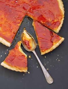Pumpkin Custard Tart with a Caramel Crunch