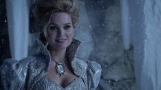 Glinda the good witch - Once upon a time Season 3