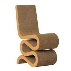 Wiggle Side Chair by Vitra Design Frank Gehry, 1972 Cardboard layers, fibreboard edging Made in Germany by Vitra Cardboard Chair, Cardboard Furniture, Dining Room Chairs, Side Chairs, Club Chairs, Chair Design, Furniture Design, Modern Furniture, Vitra Design
