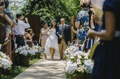 www.guianoivaonline.com.br #guianoiva #noiva #casamento #wedding #bride Fotografia e vídeo: Vitor Barboni | Vestido: Josephine Noivas