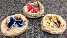 Bird Nest Matching Game - The nests are made from brown paper bags (lunch sacks) and the birds are just printed and laminated. Little Black Bird, Little Birds, Lesson Plans For Toddlers, Preschool Lesson Plans, Birds And Their Nests, Daycare Themes, Penguin Bird, What Is A Bird, Bird Theme