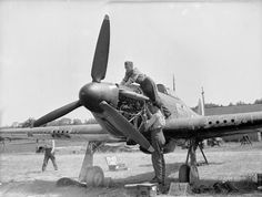 Flight mechanics service Hurricane Mk I SD-N of No 501 Squadron RAF at No 1…