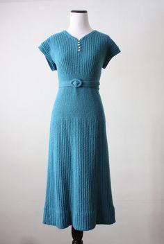 Lovely blue sweater dress, 1930s. #vintage #1930s #fashion