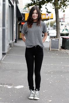 striped tee, black skinny jeans and chucks