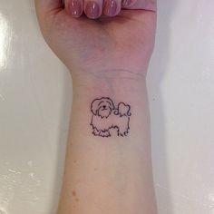 """Tatuagem feita por <a href=""""http://instagram.com/tatianaalves"""">@tatianaalves</a>!  Marque seus amigos que tem um animalzinho fofo."""