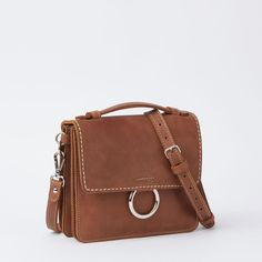 www.roots.com ca en the-bardo-tribe-18012105.html?cgid=womensBags&start=45&selectedColor=Y21