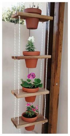 Mi pr xima escalera porta macetas madera pinterest - Maceteros colgantes para balcones ...
