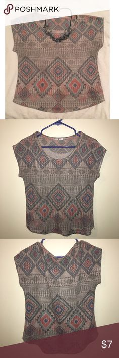 Blu planet Aztec knit top This knit top has a beautiful color and Aztec pattern. In great condition. Wore 3X. It's very comfortable. It's great if you pair it with jeans or leggings. Size small. Offers accepted through offer button. Thanks! Blu planet Tops Tees - Short Sleeve