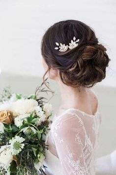 Best Hairstyles for Brides - Elegant Updo Bun with Vintge Hair Comb Accent - Amazing Hair Styles and Looks for Half Up Medium Styles, Updo With Long Hair, Short Curls, Vintage Looks with Veil, Headpieces, or With Tiara - Wedding Looks for Girls With Round Faces - Awesome Simple Bridal Style With Headband or Elegant Braided Up Dos - thegoddess.com/hairstyles-for-brides