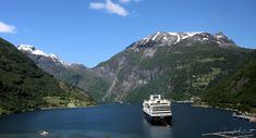 Geiranger, Flydals Canyon, Norway, 2016 #geiranger #fjords #norway #norge #noruega
