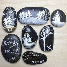 Lot of 7 painted pebbles – Salat & Garonne – Christmas and holidays by Coeur de … - NOEL Christmas Rock, Christmas Projects, Holiday Crafts, Christmas Ornaments, Christmas Candles, Christmas Decorations, Table Decorations, Pebble Painting, Pebble Art