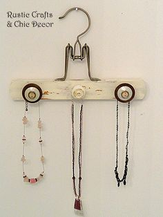 Hottest Screen Creative Wooden Hanger Crafts Tips You know standard outfits ha., Hottest Screen Creative Wooden Hanger Crafts Tips You know standard outfits ha…, Necklace Holder, Jewelry Holder, Pearl Necklace, Diy Necklace, Wooden Pant Hangers, Personalized Hangers, Personalised Gifts, Hanger Crafts, Vintage Jewelry Crafts