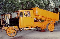 Early Trucks | Early Era Dump Truck