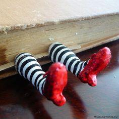Необычная закладка для книг