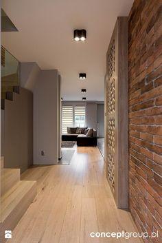 Dom w Rudzie Śląskiej - Realizacja Home Interior Design, Interior Architecture, Brick Wall Decor, Townhouse Interior, House Entrance, Cuisines Design, Floor Design, Modern House Design, Home Living Room