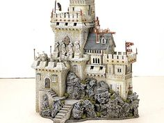 Warhammer - Scenery  JUST LIKE CASTLE USING AIR DRY ZIPPERS DARK WASH THE DETAILS BUT ONLY COLOR IS GREENERY...MAYBE BLUE ROOF....