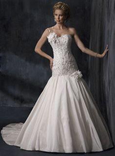Hazte el Vestido de Novia de Tus Sueños a Medida y que sea un Vestido Exclusivo www.VestidosdeNoviaenCanarias.n.nu