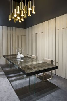 Milan Design Week 2016. Elemento Table by Paolo Nicolò Rusolen and Line Wall Panels by Cesare Arosio | Laurameroni