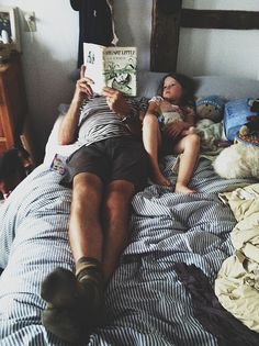i have this very same memory - my dad reading that very same copy of Stuart Little in bed with me as i childhood..
