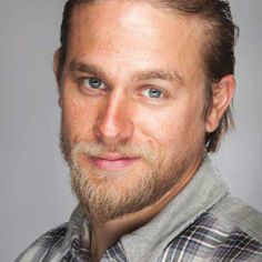 Charlie Hunnam Now that is a smolder lol