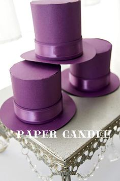 Top Hat Favor Boxes- SMALL. $3.25, via Etsy. Willy Wonka Party