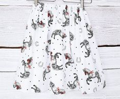 Skirt in horses Mademoiselle K, Horses, Vintage, Trending Outfits, Unique Jewelry, Handmade Gifts, Skirts, Black Horses, Horse