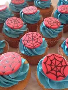 Spiderman inspired cupcakes to match the spiderman birthday cake