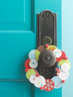 What to do with old Christmas cards -  Great DIY Wreath Ideas -- for the Holidays and Throughout the Year!