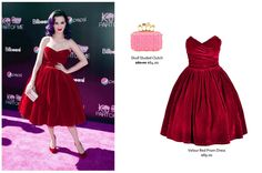 Katy Perry look undoubtedly fabulous with Dolce & Gabbana's red velour ball dress. Jessica Alba in Valentino gown is full of softness and elegance.
