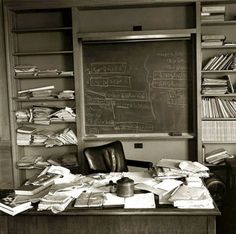 Albert Einstein's office - just as the Nobel Prize-winning physicist left it - taken mere hours after Einstein died, Princeton, New Jersey, April 1955 - Captured by photographer Ralph Morse for TIME Marie Curie, Max Ernst, Iconic Photos, Rare Photos, Rare Pictures, Vintage Photos, Rare Images, Famous Photos, Amazing Photos