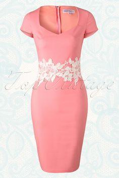 Paper Dolls Peach Lace Pencil Dress 100 22 15402 20150721 0005Waangepast