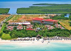 IBEROSTAR Tainos is great value for what is an excellent All Inclusive 4-star hotel in Varadero. Depsite it being surrounded by 5 star properties, the hotel offers one fo those rare opportunities to get almost 5 star services for the lower price of a 4 star.