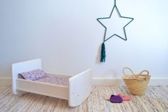 Wooden toy crib #woodencrib #woodentoy #macarenabibao