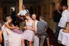 Ajándék esküvőre: Reni és Pisti sztoridala előadása közben, Aquamarina Rendezvényhajó