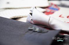 Fotografías | Tu Boda Site Fotografías | Tu Boda Site Fotografías | Tu Boda Site preparativos, boda, casa del novio, corbata, traje, chaqueta, ideas bonitas para boda, regalos, boda, detalles, fotografías, regalos para el novio, tu boda site, tubodasite, reportajes fotográficos de boda, primera vista, estudio fotográfico.