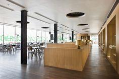 new heights restaurant at three on the bund | nhdro
