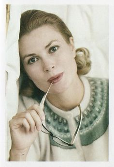 Grace Kelly, Princess Grace of Monaco Grace Kelly Mode, Grace Kelly Style, Classic Beauty, Timeless Beauty, Soft Classic, Classic Hollywood, Old Hollywood, Hollywood Stars, Monaco As